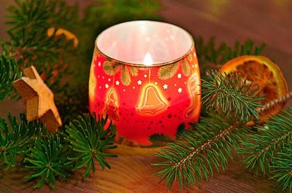 "Свеча ""Новогодняя ёлочка"" стакан 8х7см Bartek Candles 152061"