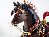"""Статуэтка Лошадь """"Король сердец"""" (King of Hearts), 16,5см Enesco 4024357"""