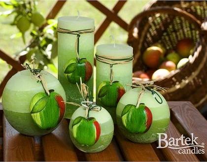 """Bartek Candles FRUITS RUSTIC Свеча """"Спелые фрукты"""" - образ коллекции B, колонна 70х140мм, артикул 5907602647815"""
