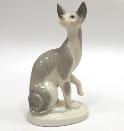 Скульптура Кошка-сфинкс серый ИФЗ 82.69691.00.1
