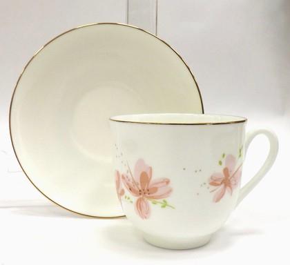 Чашка с блюдцем Розовые цветы, ф. Ландыш ИФЗ 81.17580.00.1