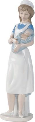 Статуэтка Медсестра (Nurse) 33см NAO 02000709