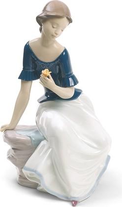 Статуэтка фарфоровая Цветок жизни (Spring reflections) Специальное издание 28см NAO 02001704