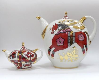 Комплект чайников Красный конь, ф. Новгородский ИФЗ 81.10353.00.1