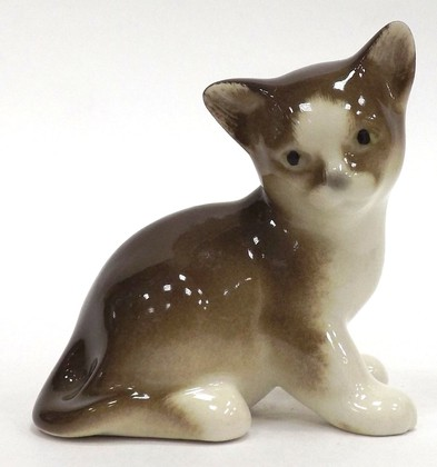 Скульптура Котёнок Парамоша, коричневый, фарфор ИФЗ 82.50637.00.1
