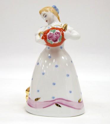 Скульптура Девочка с чайником, Дулёвский фарфор ДС2235