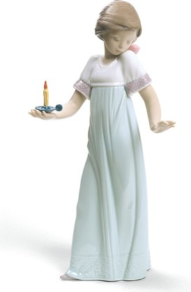 Статуэтка фарфоровая Девочка со свечой (To Light The Way) Специальное издание 26см NAO 02001703