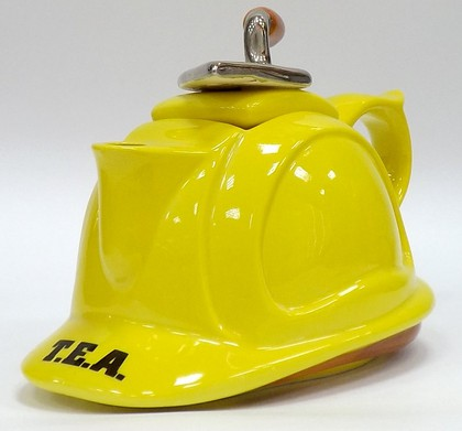 Чайник коллекционный «Каска» (Hard Hat Teapot) The Teapottery 4432