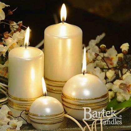"Bartek Candles GOLDEN RINGS Свеча ""Золотые кольца"" - белая версия коллекции, шар, диаметр 60мм, артикул 5907602663440"