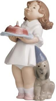 Статуэтка фарфоровая Именинный торт (Birthday Fun) 17см NAO 02001484