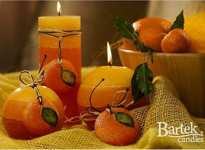 """Bartek Candles FRUITS RUSTIC Свеча """"Спелые фрукты"""" - образ коллекции C, шар, диаметр 100мм, артикул 5907602647839"""