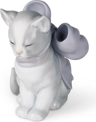 Статуэтка фарфоровая Котёнок В Подарок (Kitty Present) 10см NAO 02001348