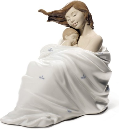 Статуэтка фарфоровая Спящий с мамой (Cozy Slumber) 14см NAO 02001714