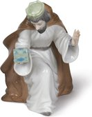 Статуэтка фарфоровая Король Мельхиор (King Melchior With Chest) 18см NAO 02000413