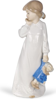 Статуэтка фарфоровая С куклой в руках (My Rag Doll) 21см NAO 02001108