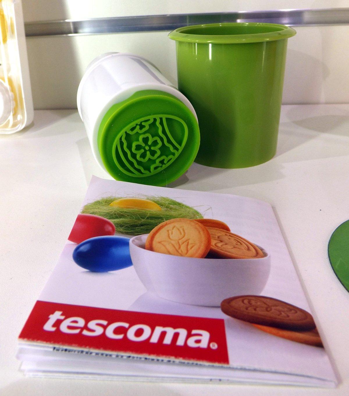 Форма для штамповки печенья с рисунками от Tescoma на весенней выставке HouseHoldExpo 2015
