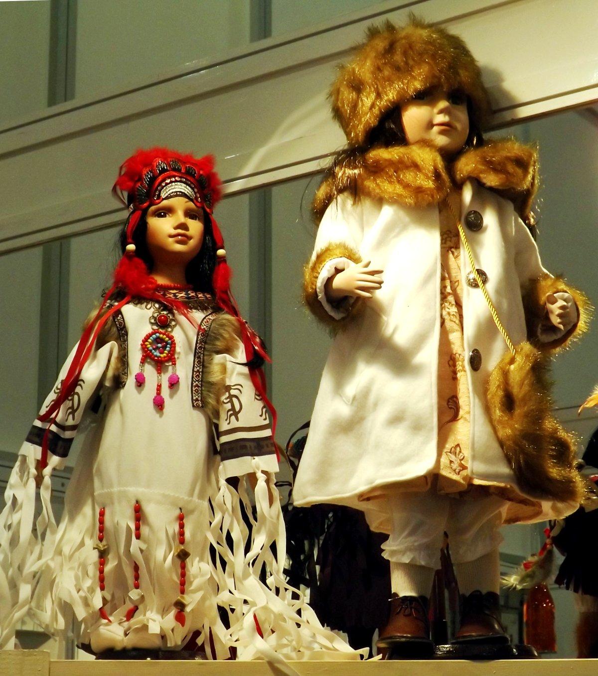 Куклы-сувениры на выставке КонсумЭкспо-Зима 2015