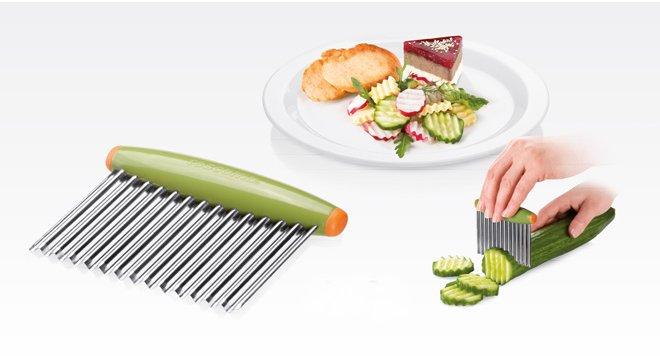 Волнистый нож PRESTO CARVING для декоративной нарезки овощей или сыра, из ассортимента Tescoma (июль-август 2015 г.)