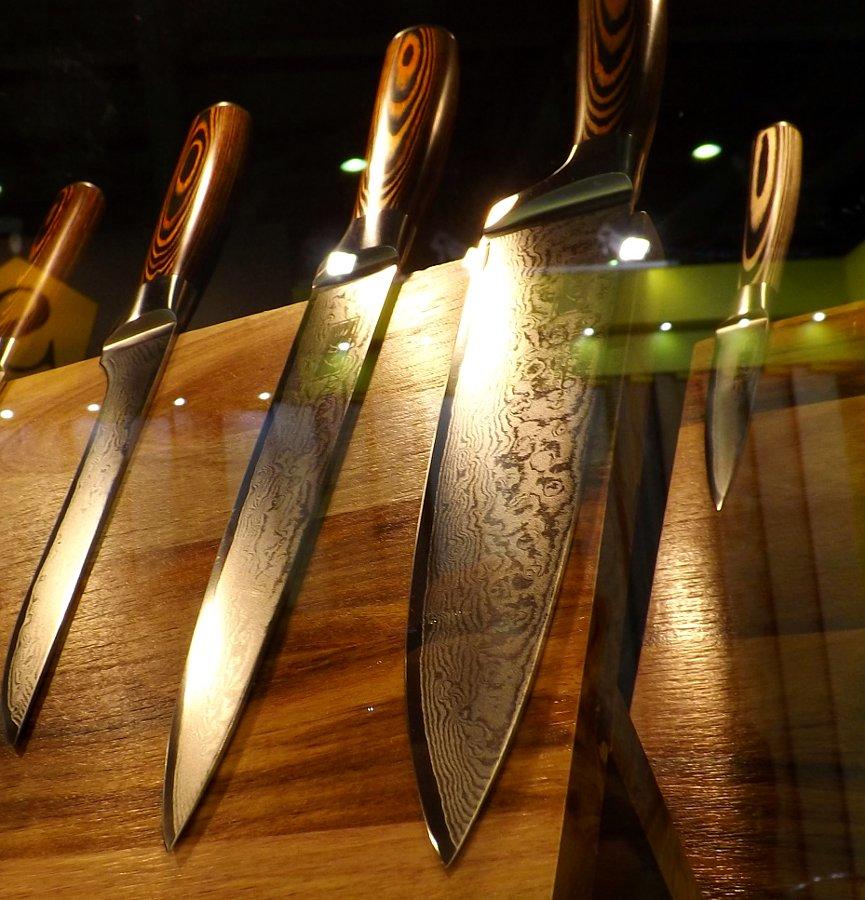 Кухонные ножи Mikadzo DAMASCUS SUMINAGASHI на московской выставке Мебель-2013