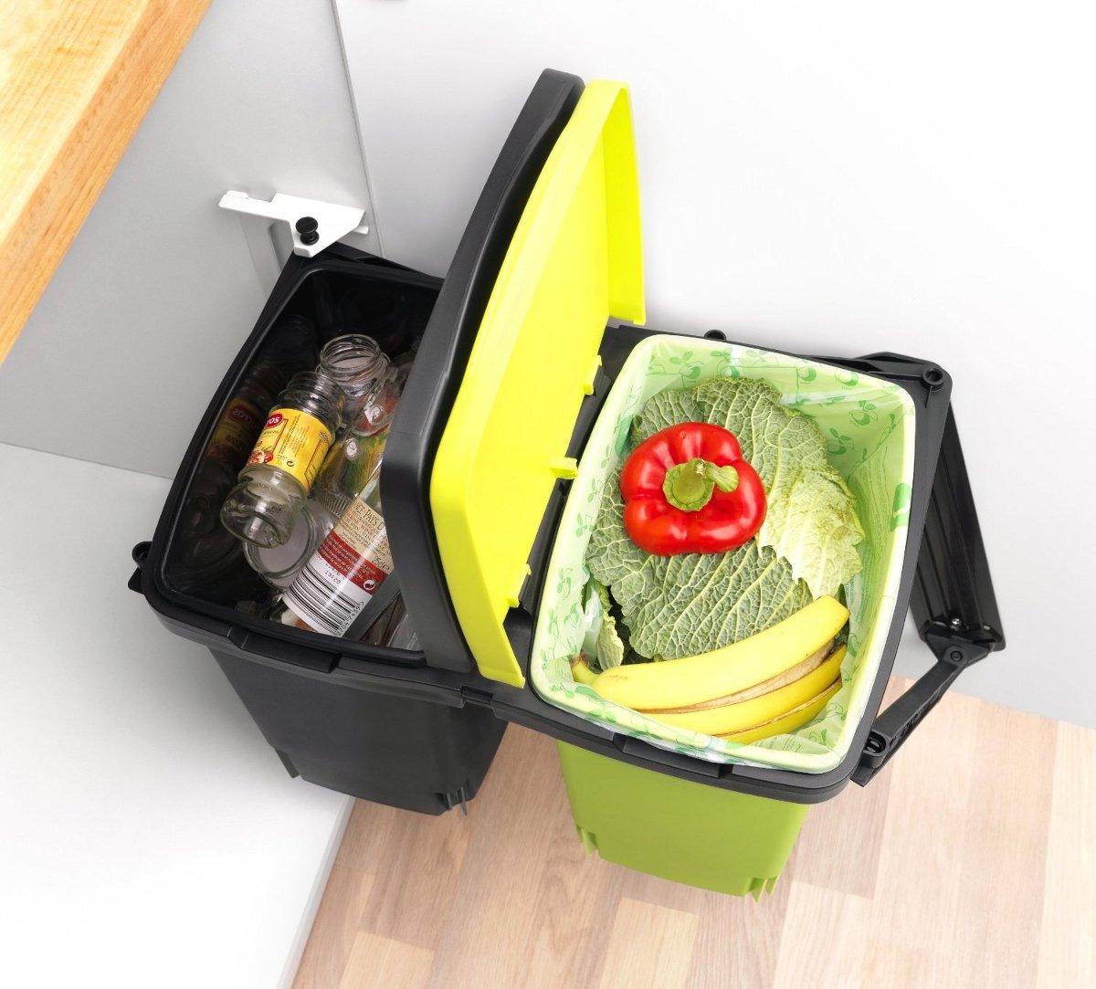 Иллюстрация к статье о компостировании с помощью быстроразлагаемых мешков от Brabantia: система сортировки мусора из пары контейнеров