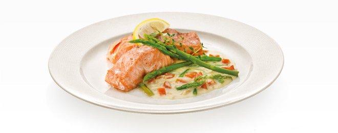 Большая плоская тарелка (Ø27 см) OPUS STRIPES от Tescoma для вторых блюд, представленная в июле 2016 года