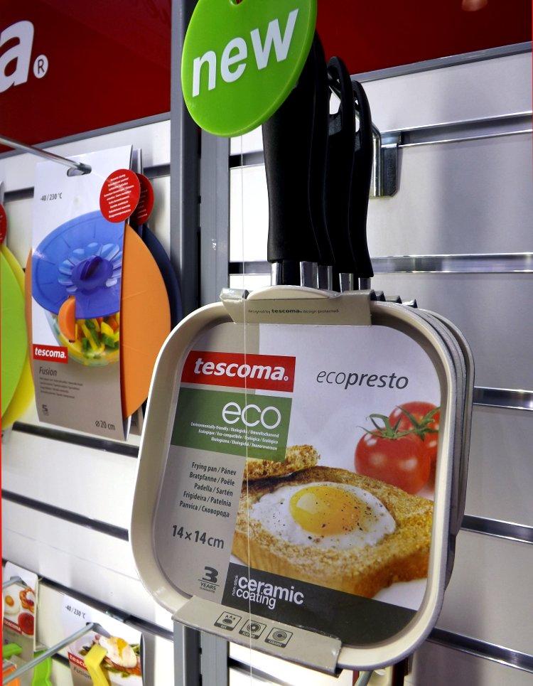 Сковорода от Tescoma. Выставка HouseHold Expo в Москве, сентябрь 2013 г.