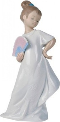 Статуэтка фарфоровая NAO Маленькая леди (I Am Pretty!) 21см 02001455