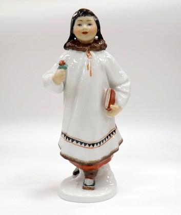 Скульптура Якутка с цветком ИФЗ 82.00959.00.1