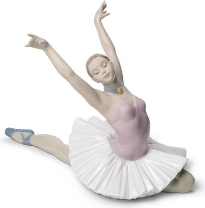 Статуэтка фарфоровая NAO Искусство Танца (The Art of Dance) 20см 02001629