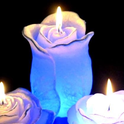 "Bartek Candles ROSE WITH DIODA Свеча ""Роза"", фигурка с подсветкой 75х125мм, артикул 5907602659979"