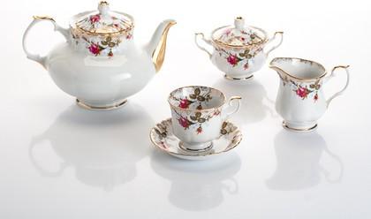 Сервиз чайный Шиповник 6/15 Porcelaine Czech Gold Hands IWB013t/15