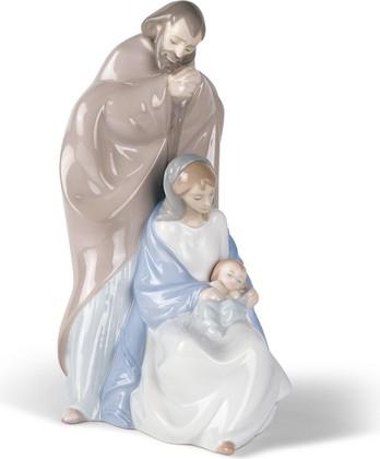 Статуэтка фарфоровая NAO Рождение Иисуса (A Child Is Born) 02001439