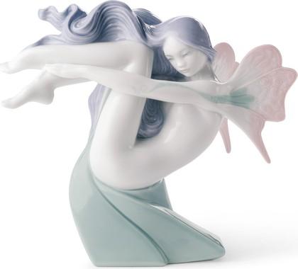 Статуэтка фарфоровая NAO Фея Воды (Water Fairy) 15см 02001637