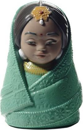 Статуэтка фарфоровая NAO Куклы мира - Индия (Dolls Of The World - India) 11см 02005111
