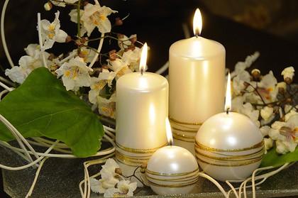 "Свеча ""Золотые кольца"" колонна 8х18cм Bartek Candles 130014"