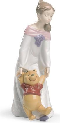 Статуэтка фарфоровая Играя с Винни Пухом (Fun With Winnie The Pooh) 24см NAO 02001593
