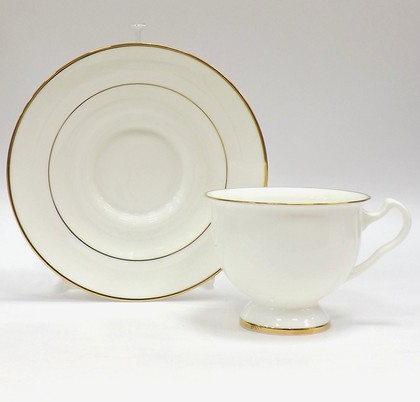 Чашка с блюдцем Золотая лента, ф. Айседора ИФЗ 81.17862.00.1