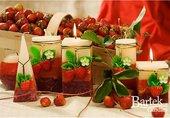 Свеча декоративная Bartek Candles Спелые фрукты, шар, d8см 168041
