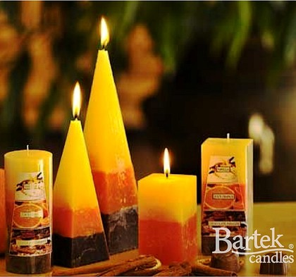 "Bartek Candles RUSTIC 3 SCENTS Свеча ""Три аромата"" - образ коллекции A, колонна 70х140мм, артикул 5907602656664"