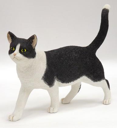 Статуэтка Кот чёрно-белый стоящий, 15см Enesco CA01155