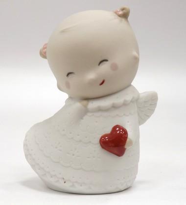 Статуэтка Маленький прекрасный ангел (Pretty Little Angel) 9см NAO 02005083