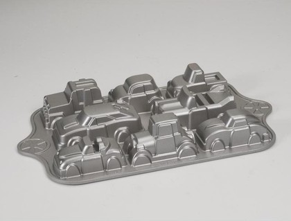 "Форма для 8 кексов ""Машинки"" Nordic Ware 59624"
