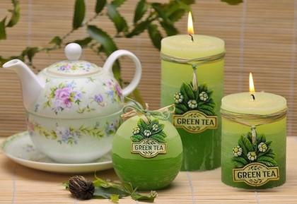 Свеча декоративная Bartek Candles Зеленый чай, колонна 7x9см 5907602648775