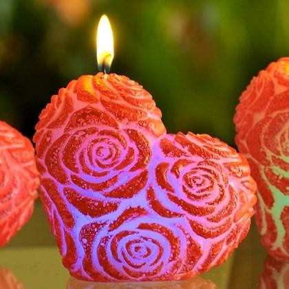 "Bartek Candles HEART Свеча ""Сердце"", фигурка с подсветкой 90мм, артикул 5907602662665"