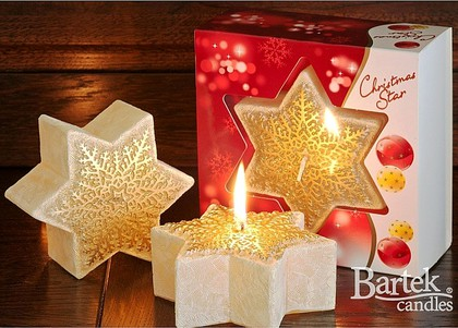"Bartek Candles CHRISTMAS STAR Свеча ""Звезда со снежинкой"" - тон красный, 120х50мм, артикул 5907602669527"