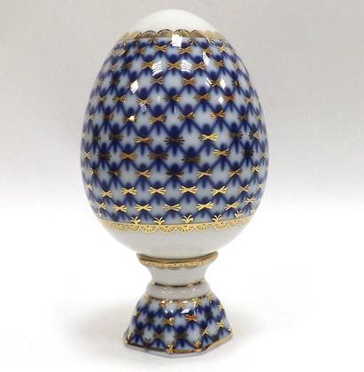 Яйцо фарфоровое ИФЗ пасхальное на подставке Кобальтовая сетка 80.07117.00.1