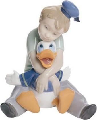 Статуэтка фарфоровая NAO Мой друг Дональд (Daydreaming With Donald) 12см 02001642