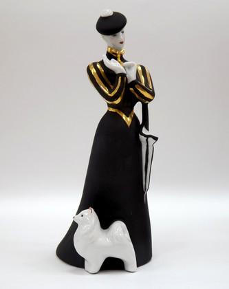 Скульптура Дама с собачкой (черная), Дулёвский фарфор ДС669