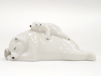 Скульптура Медведица с медвежонком ИФЗ 82.75065.00.1