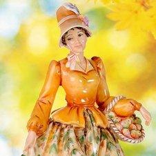 Фигурки и статуэтки из костяного фарфора English Ladies